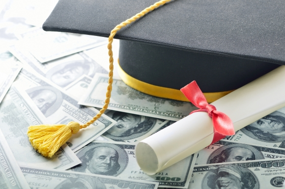 Just Graduated? Don't Make These Money Mistakes