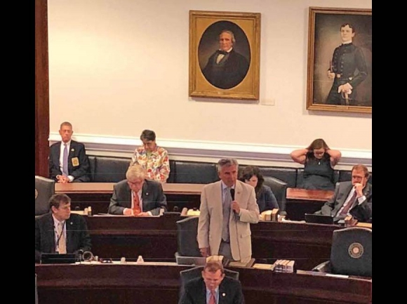 Sen. Jim Davis, R-Franklin, speaks in support of the trespassing bill on the Senate floor. Donated photo
