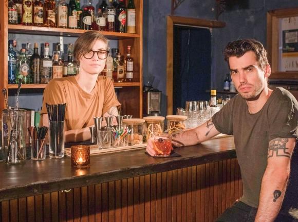 Craft cocktails, intimate setting: Dark Moon
