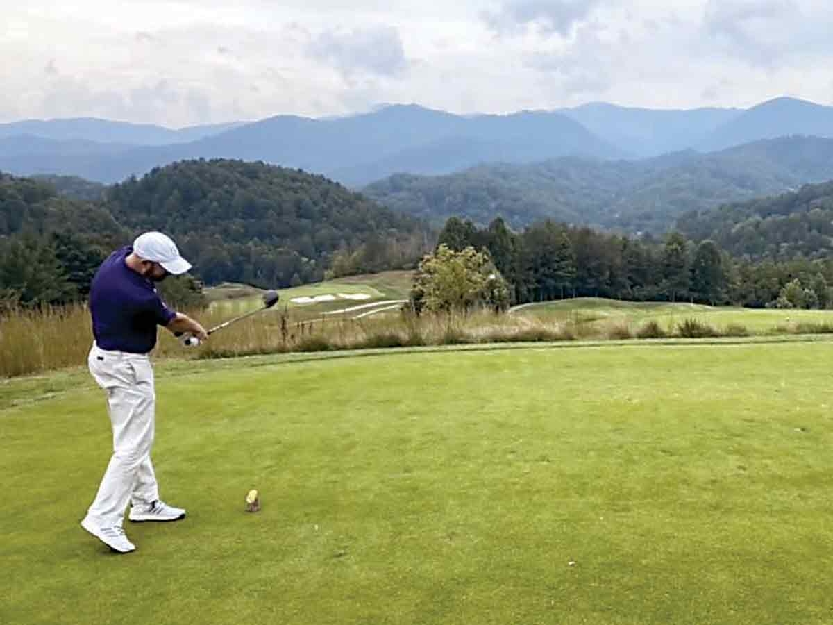 Jackson Chamber tees off annual golf tourney
