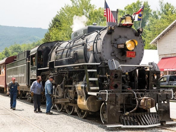Renewed steam engine service excites Bryson, Dillsboro business owners