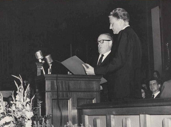 Billy Graham left legacy of humility, compassion, unity