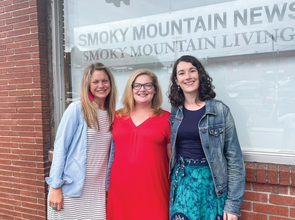 Left to right: Susanna Shetley, Jessi Stone and Holly Kays. Sophia Burleigh photo