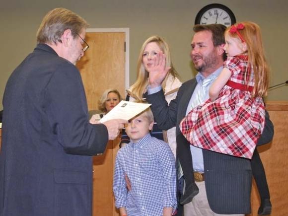 Franklin council, mayor sworn into office
