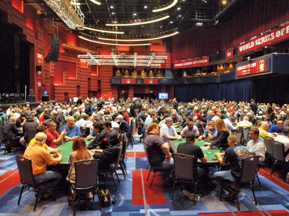 2012: Table games come to Harrah's