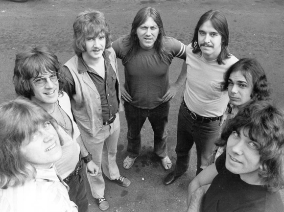 Chicago, with Terry Kath center.