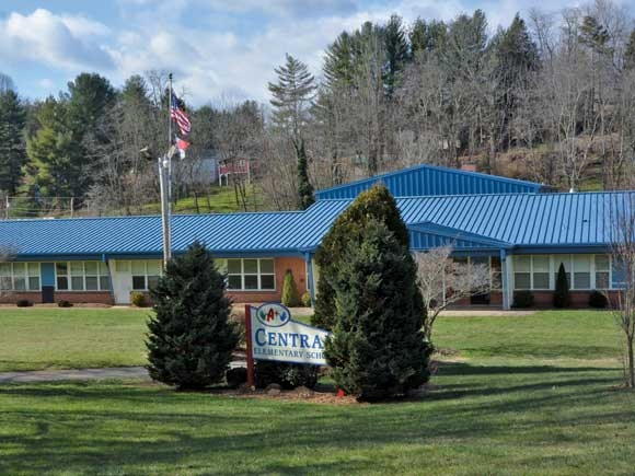 School closing lawsuit should move forward