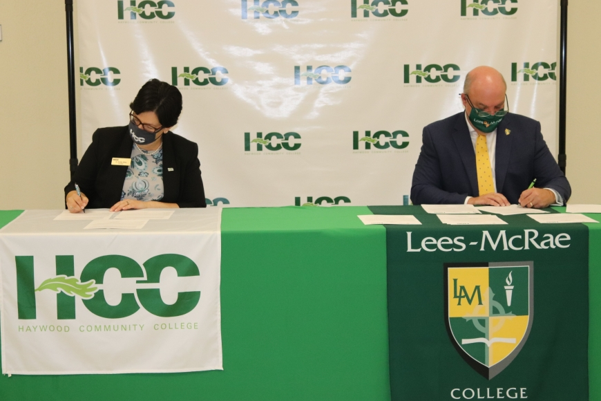 Haywood Community College (HCC) and Lees McRae College (LMC) recently signed a Memorandum of Understanding to establish a Guaranteed Admission Program for all HCC students who meet certain academic requirements to transfer and complete a Bachelor's degree at LMC. Pictured left to right is HCC President Dr. Shelley White and LMC President Dr. H. Lee King.